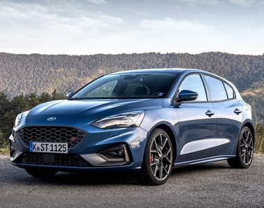 We Review the Ford Focus