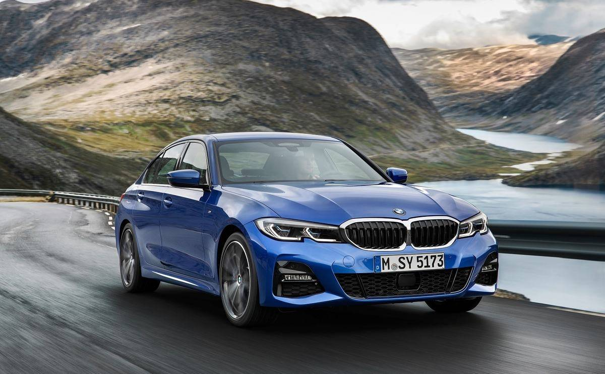 We review the 2018 BMW 3 Series saloon - Looks