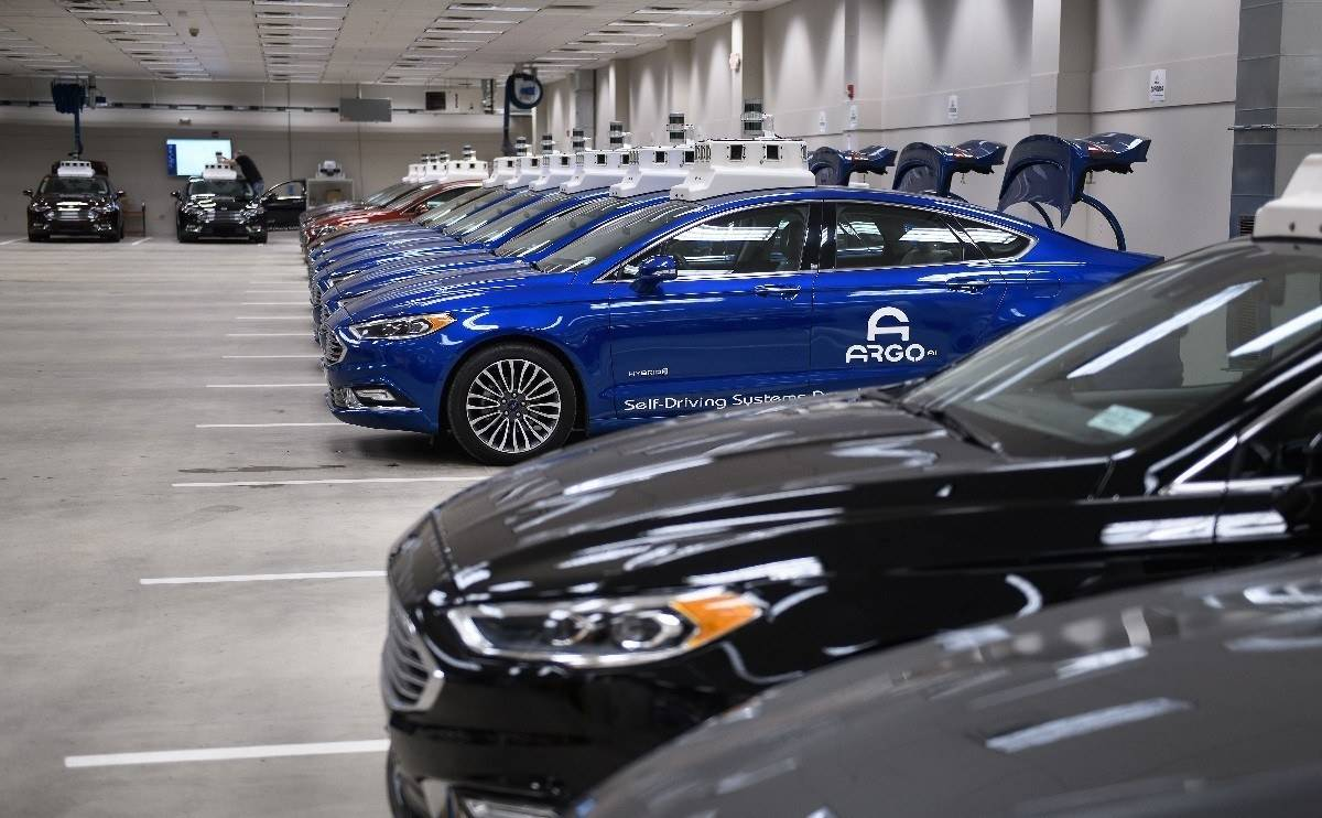 VW and Ford in self-driving electric car pact