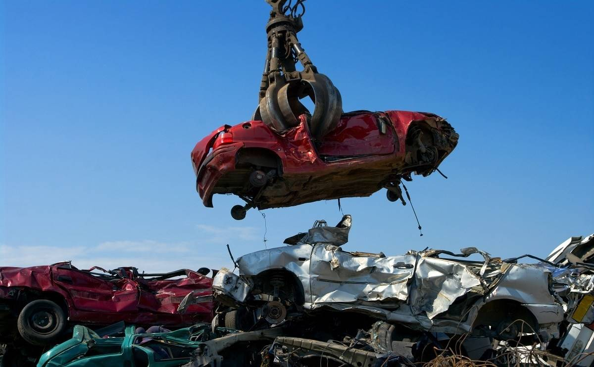 The process of vehicle recycling