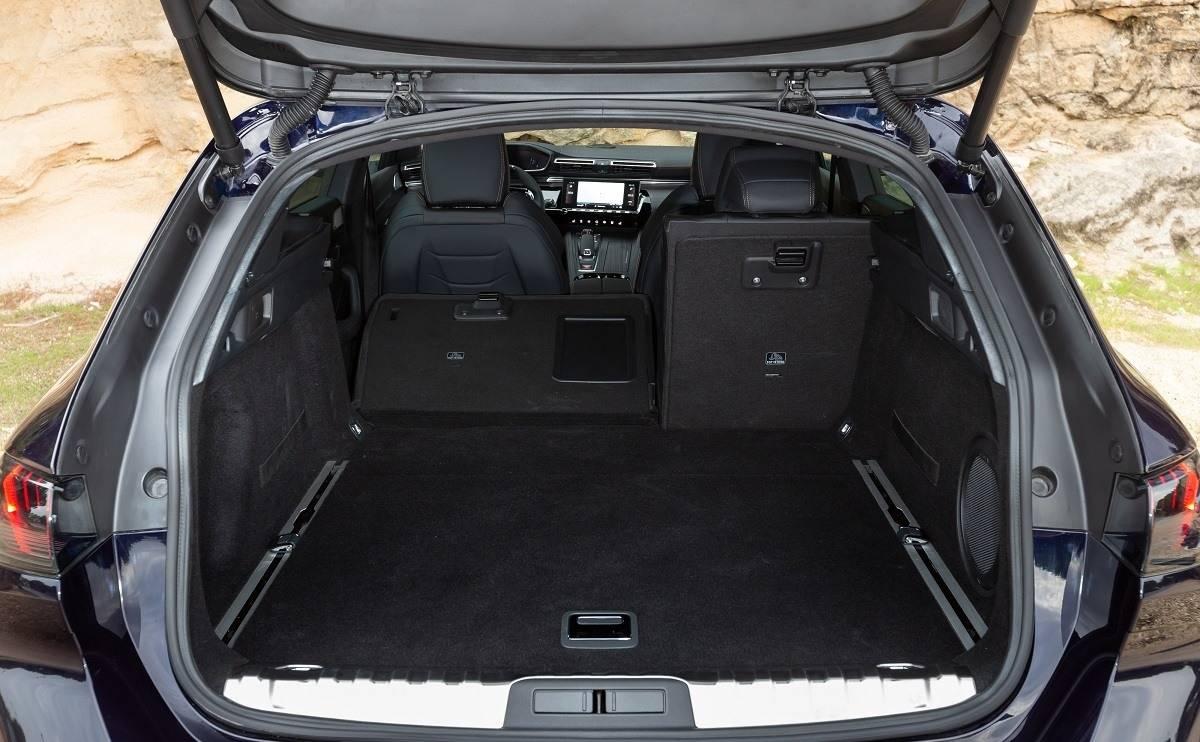 Peugeot 508 SW - Practicality