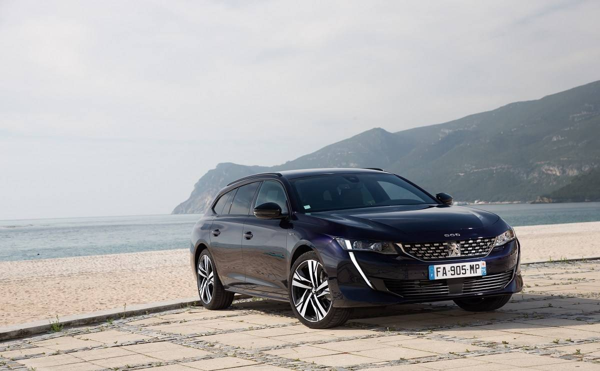 We Review the Peugeot 508 SW