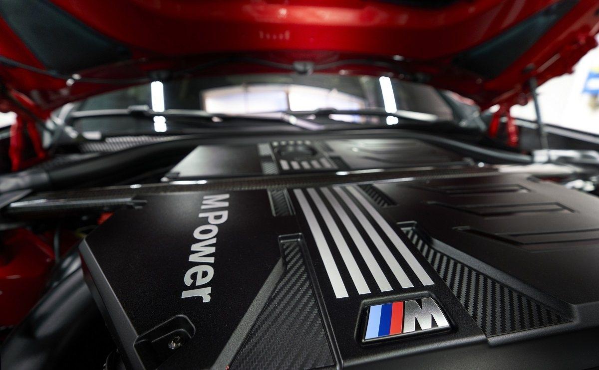 BMW X4 SUV - Engine & power