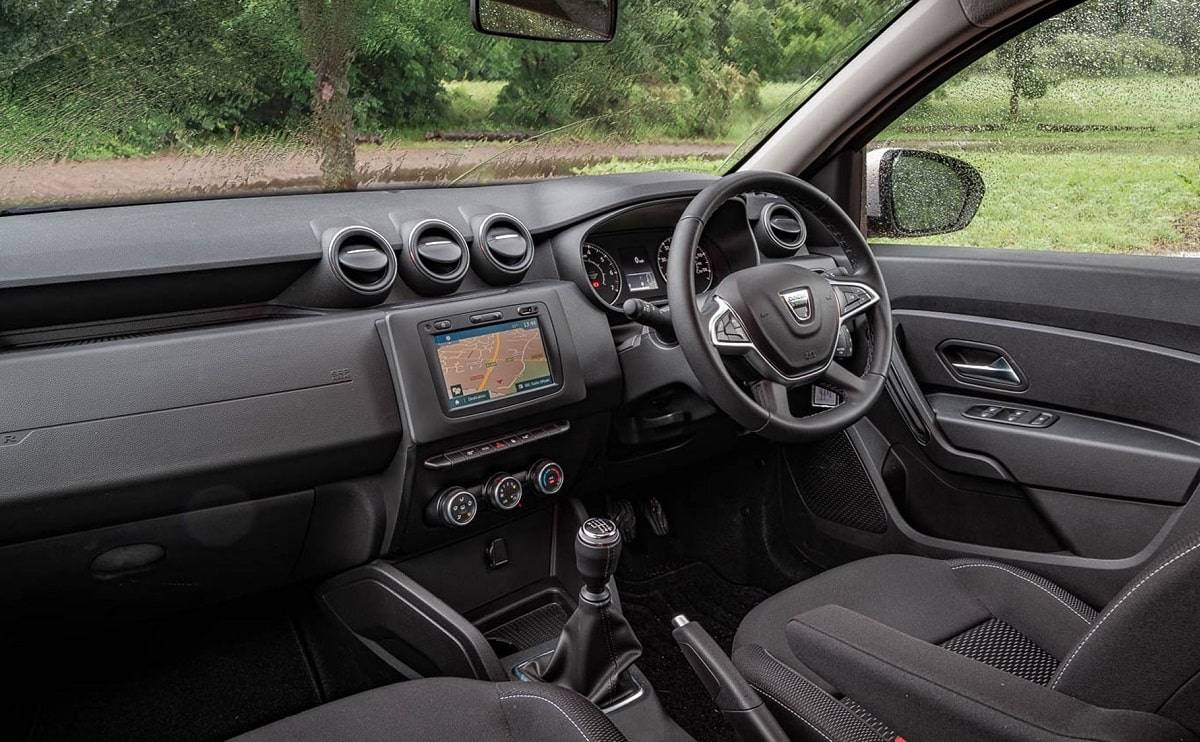 We review the 2019 Dacia Duster - Interior