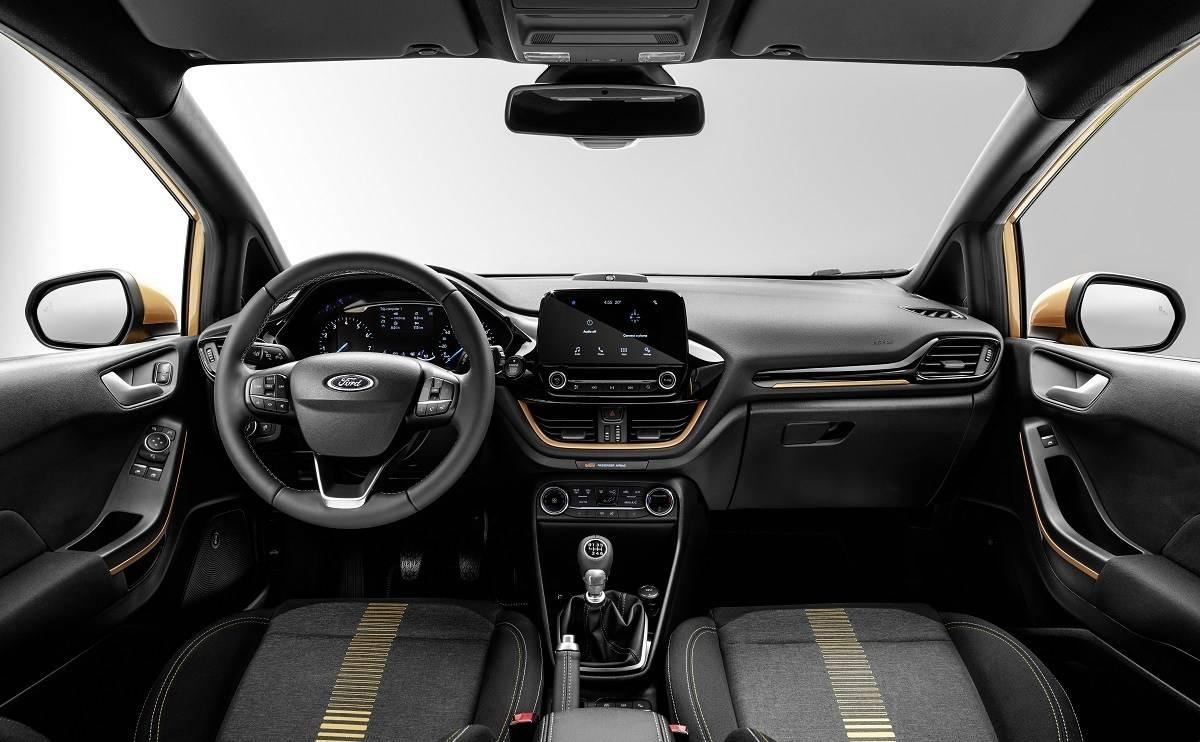 Ford Fiesta Active - Interior